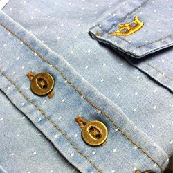 foto botao camisa jeans poa principessa heloisa