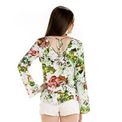 blusa estampada floral feminina principessa patricia detalhe look completo
