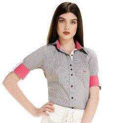 detalhe camisa social manga curta rute corpo