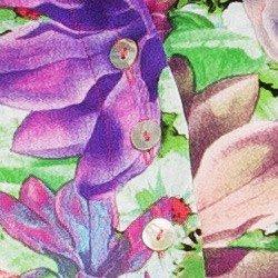 detalhe camisa cropped feminina principessa iohana floral botao madre perola