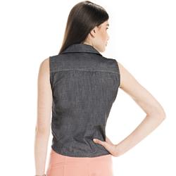detalhe camisa regata jeans escuro feminina principessa cleyde modelagem