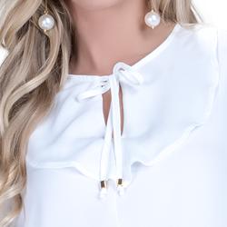 detalhe blusa off white com babado e amarracao feminina principessa joice babado