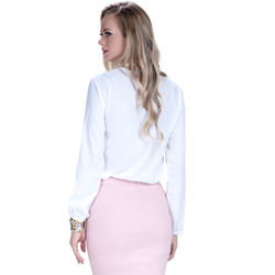 detalhe blusa off white com babado e amarracao feminina principessa joice modelagem