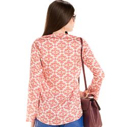 detalhe blusa manga flare estampada amarracao look modelagem