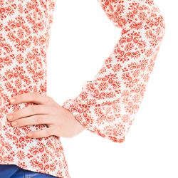 detalhe blusa manga flare estampada amarracao manga