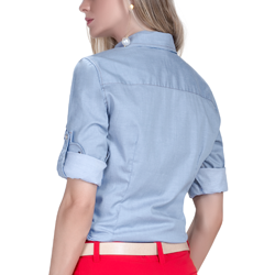 detalhe descricao camisa estilosa jeans claro principessa liane modelagem