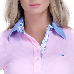 detalhe polo feminina principessa marilia floral jeans