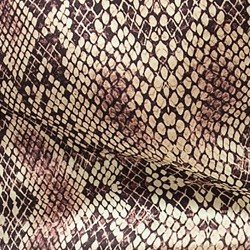 detalhe camisa animal print social camila look tecido estampado