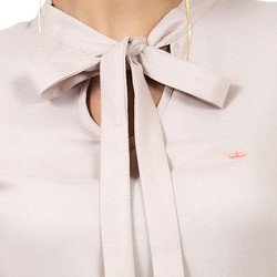 blusa feminina com laco principessa geyse look detalhe laco gola