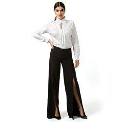 detalhe calca pantalona com fenda preta principessa rosangela look completo