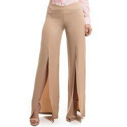 calca pantalona com fenda bege principessa edith placa metal abertura look detalhe