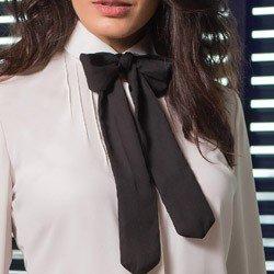 camisa off white com laco principessa irene detalhe