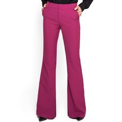 calca alfaiataria flare violeta principessa yellen detalhes