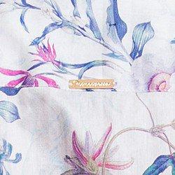 detalhe camisa social floral fio egipcio principessa lavinia placa metal