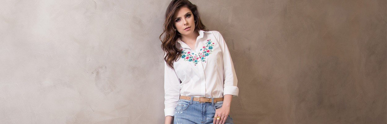 foto conceito camisa feminina branca bordado principessa lilian