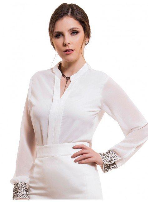 camisa off white com pedraria feminina principessa graciane look