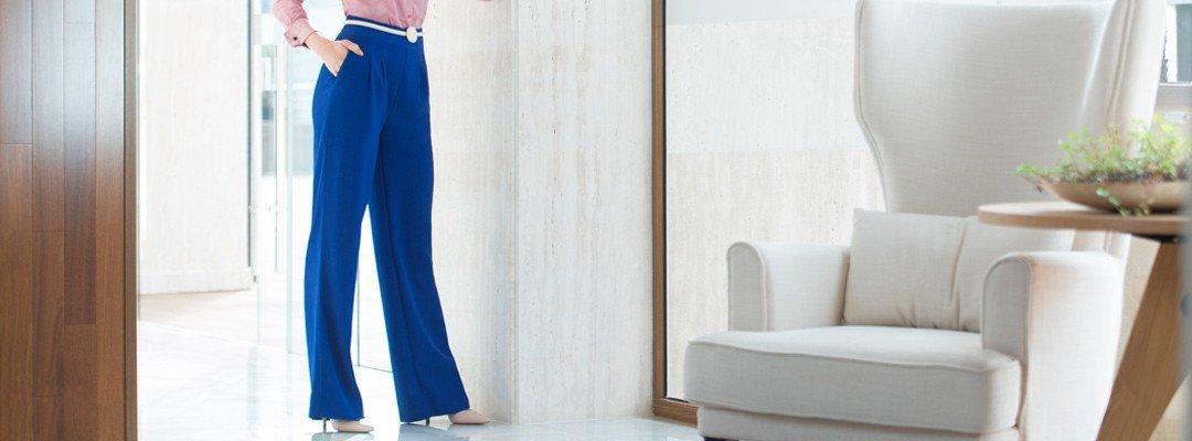 foto conceito calca greici pantalona azul royal