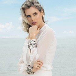 camisa off white com pedraria principessa graciani detalhe tecido fluido