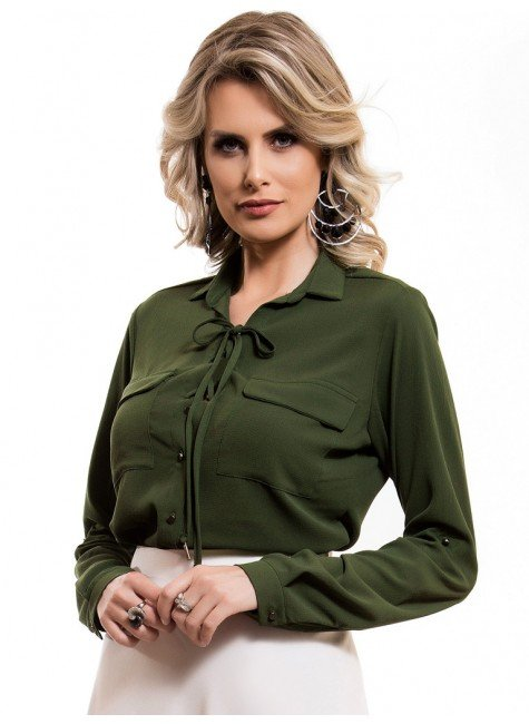 camisa feminina verde militar com amarracao busto principessa oriana look frete