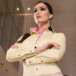 camisa classica amarela feminina principessa sara detalhe tecido