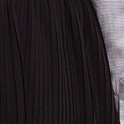 saia plissada preta feminina roberta detalhe tecido plissado