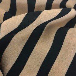 camisa listrada nude preto principessa olana detalhe tecido crepe
