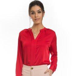 camisa de cetim vermelha principessa alessa detalhe look