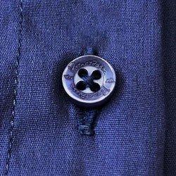 camisa body marinho principessa saionara detalhe botao busto