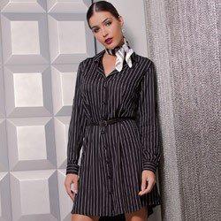 vestido chemise preto risca de giz principessa alice detalhe look conceito