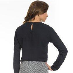 blusa feminina preta decote v principessa ariela detalhe modelagem soltinha