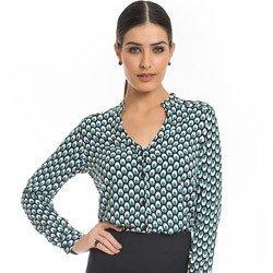 camisa estampa pavao turquesa principessa jamile detalhe look