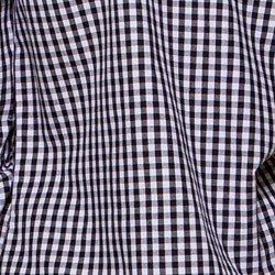 camisa xadrez vitchy preto e branco principessa aracele detalhe tecido