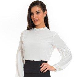 blusa off white com perolas na gola principessa christiane detalhe look