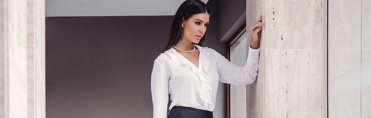 camisa social branca com babado principessa helena banner conceito