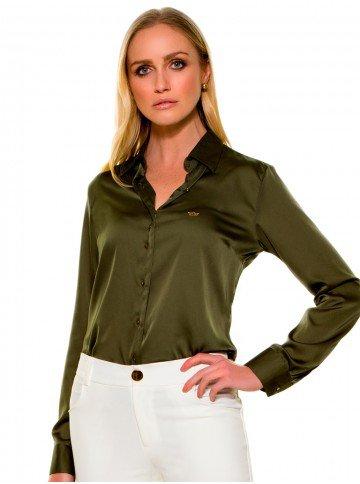 camisa social de cetim verde militar look