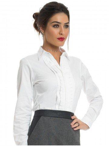 camisa social branca feminina com drapeado principessa benita look