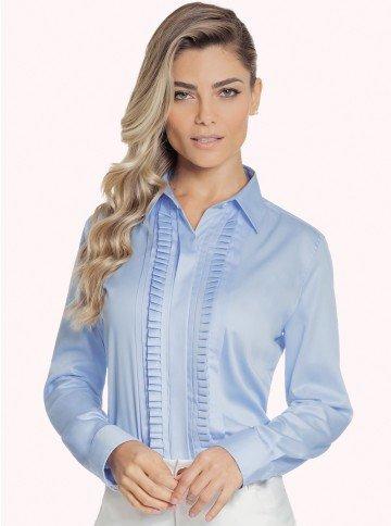 camisa feminina azul com drapeado principessa savia fundo