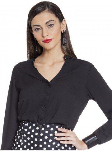 camisa preta com detalhes couro principessa stephanie frente