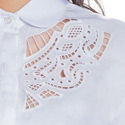 camisa branca com bordado principessa naiana detalhe bordado