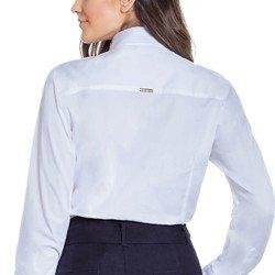 camisa branca com bordado principessa naiana detalhe modelagem tecido