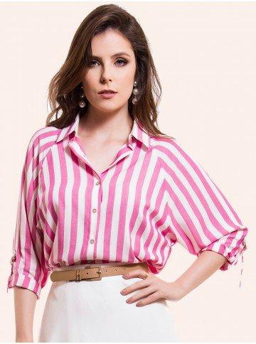 camisa ampla listrada pink principessa kristen frente
