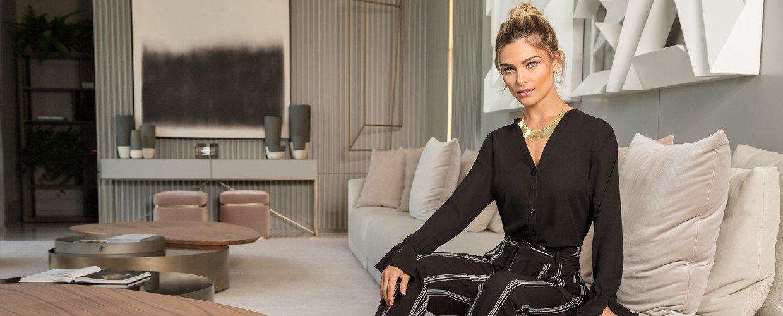 blusa preta drapeado principessa margarida banner