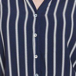 camisa azul marinho com listras principessa adilene detalhes