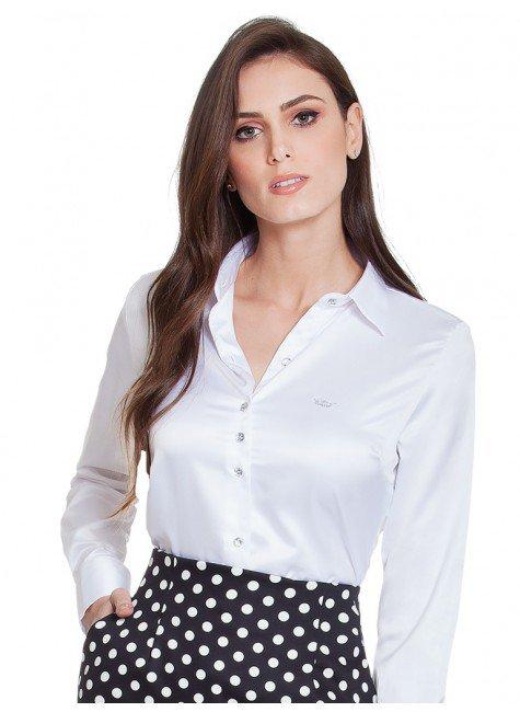 camisa social branca de cetim principessa aurea botao cristal look