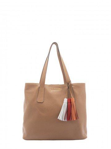 bolsa de couro marrom com alco de ombro leopoldine pietra frente