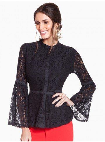 camisa preta rendada principessa augusta frente
