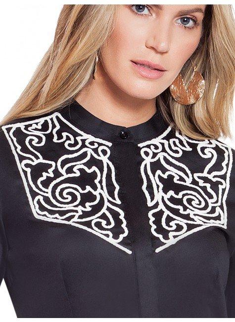 ed1523f7f0 ... camisa social preta com bordado branco principessa antonieta frente  detalhes ...