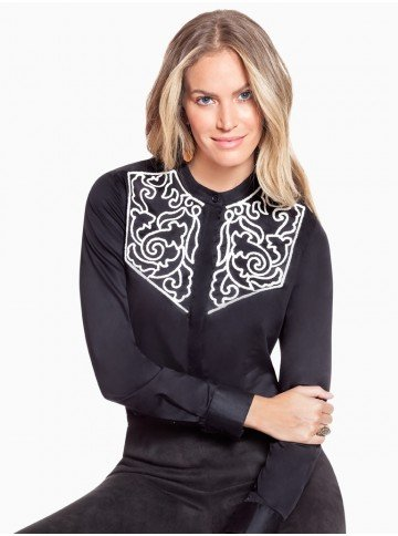 camisa preta com bordado branco principessa antonieta frente