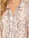 blusa animal print cobra principessa geane frente detalhe