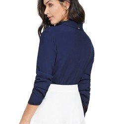 camisa social feminina marinho com detalhes em guipir principessa ramona modelagem